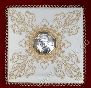 "PM-04 CHALICE PALL ""Picture of the Pope John Paul II"""